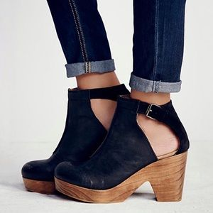 Free People Amber Orchard Clogs Black